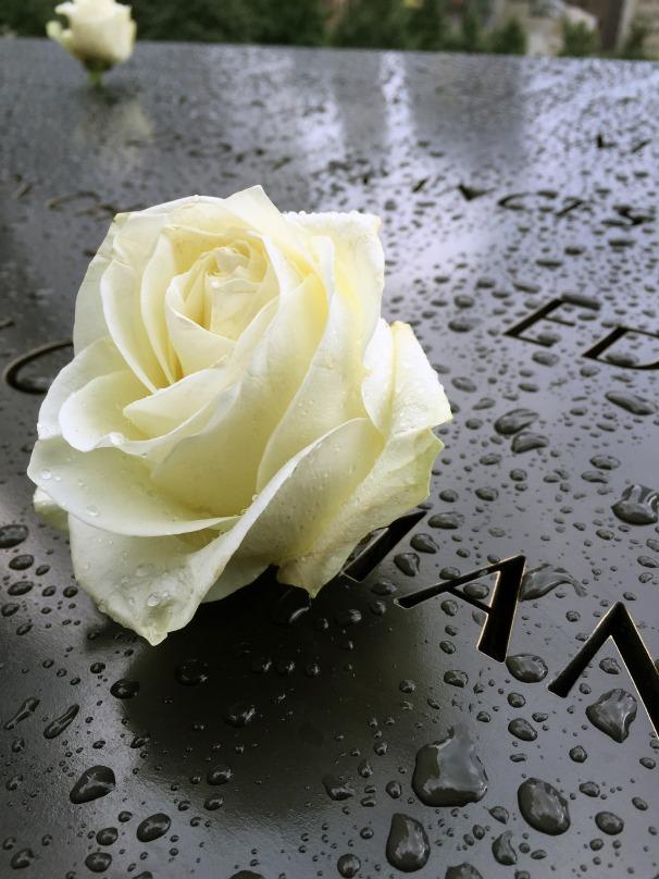 memorial-1659857_1920